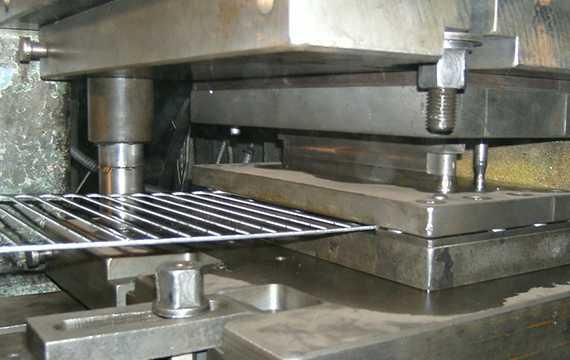 Пресс формы для штамповки металла